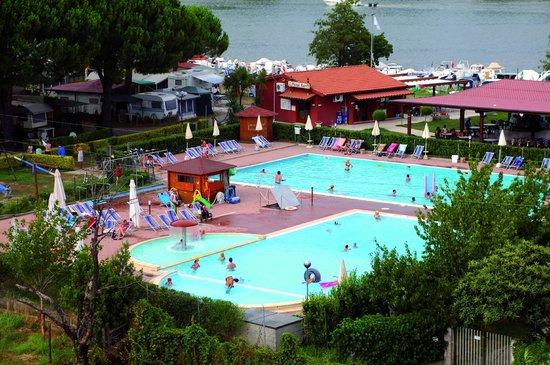 Camping River - Zwembad 1