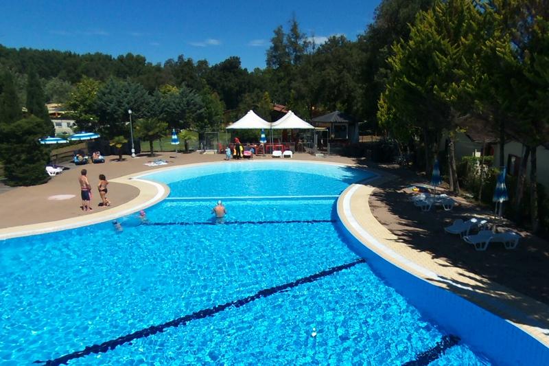 Zwembad c